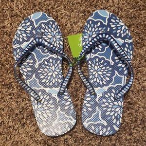 🍁Sale Vera Bradley petal splash flip flops
